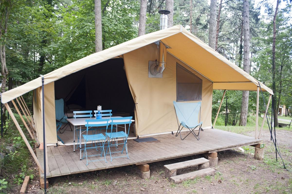 Tente cuisine exterieure tente de douche camping terra for Tente cuisine camping