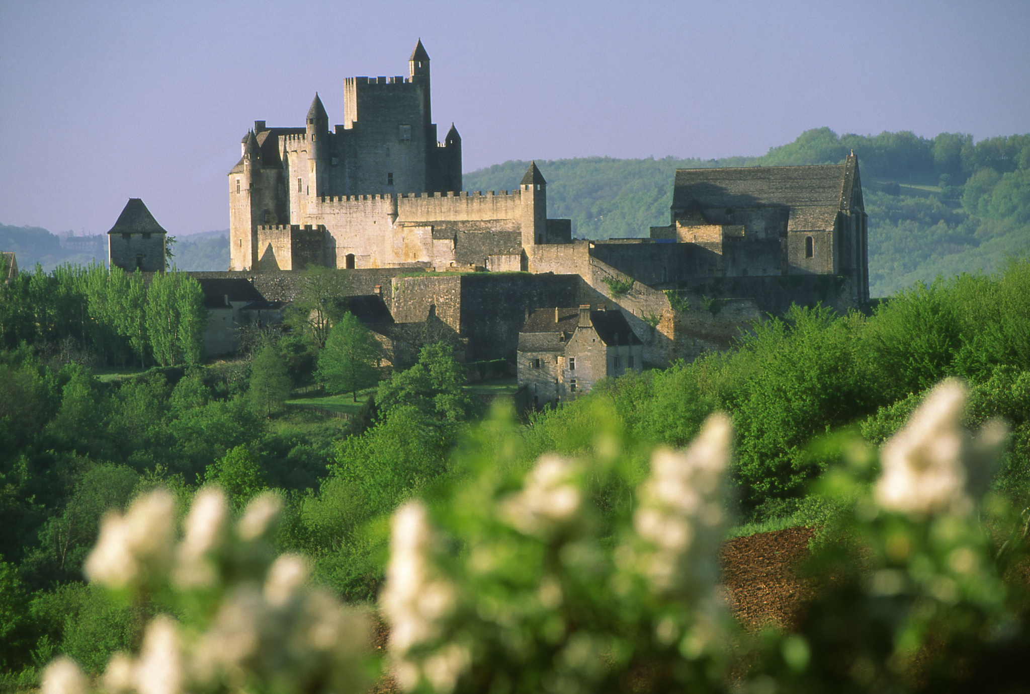 Les trésors de la Dordogne : châteaux et gouffres