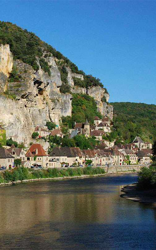 THE TREASURES OF THE DORDOGNE VALLEY