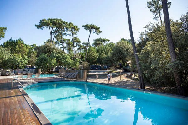Heated pool and open air facilities!