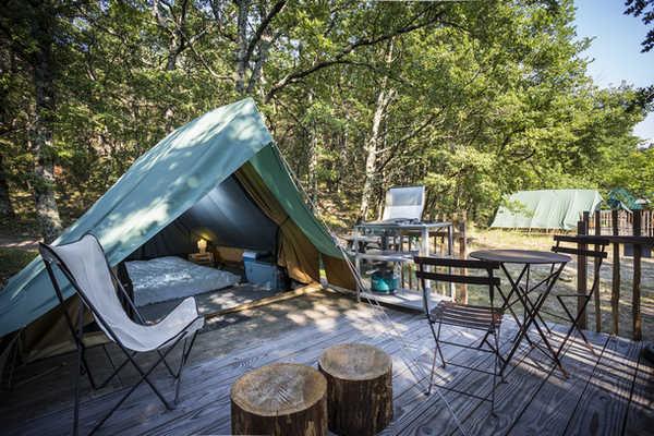 De Bonaventure Tent