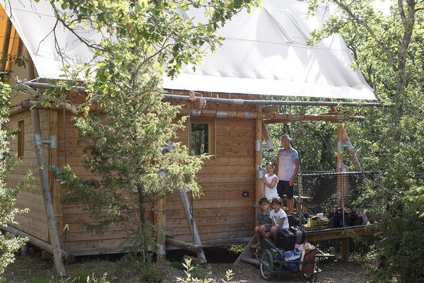 village vacances- contenu hébergement NL