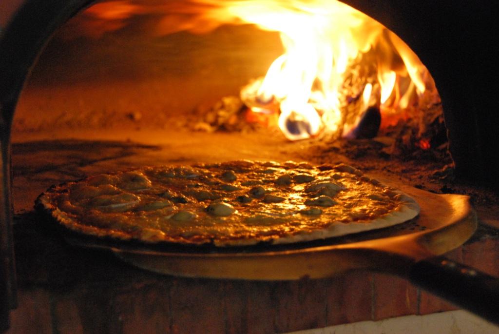 Le Four à Pizzas
