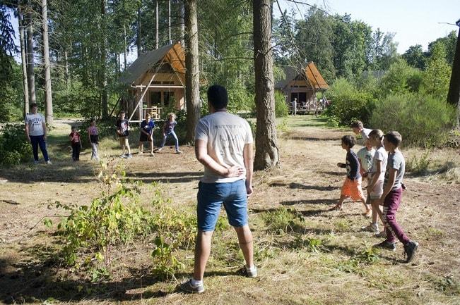 Huttokids et la tente Marabout