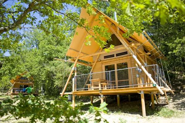 Jusqu'à 20% de remise en camping Huttopia