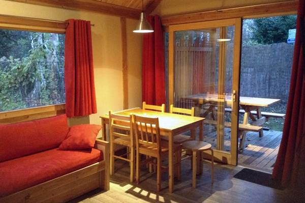 Astonishing Chalet Montana Pbm Accommodatie Huttopia Evergreenethics Interior Chair Design Evergreenethicsorg
