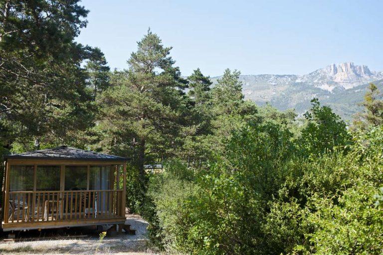 camping_huttopia_gorges_verdon_chalet_bois
