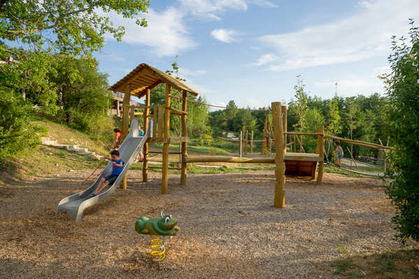 FACILITIES DESIGNED ESPECIALLY FOR CHILDREN!