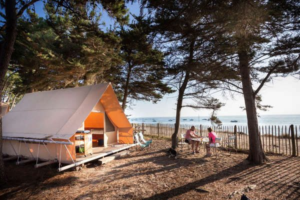 Seaside Wood & Canvas Tent