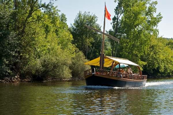 Gabare boat ride